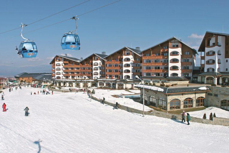 Заразеният ски учител в Банско с апел към приятелите си