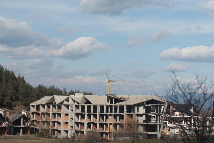 Банскалии ще диктуват какво да се ремонтира и строи в града и селата
