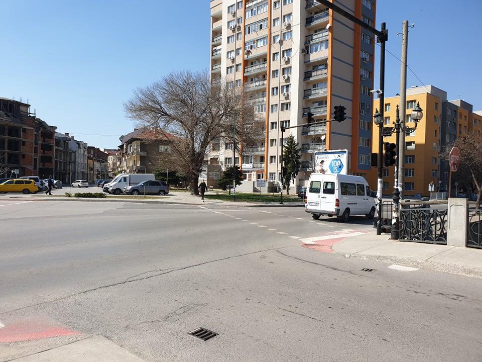 """Подменят светофарната уредба на """"Наков мост"""""""