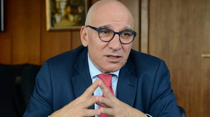 Хампарцумян предложи решение на задаващата се икономическата криза