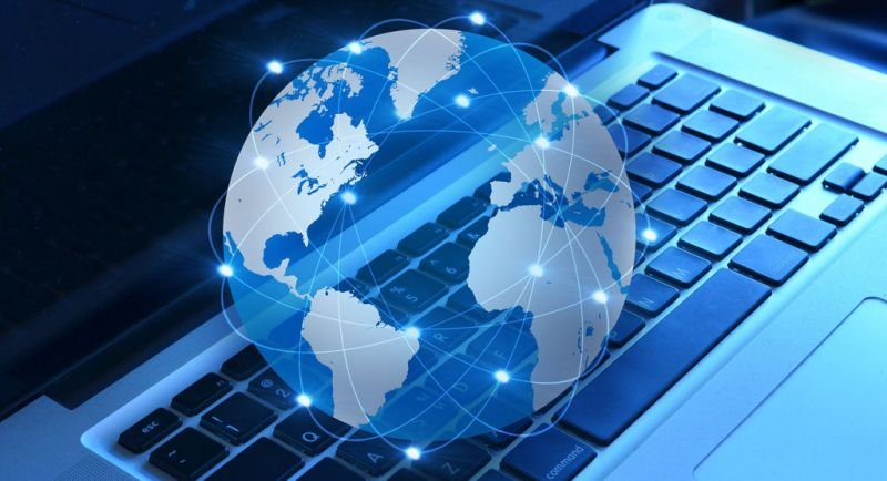 Евтин интернет за всички със закон