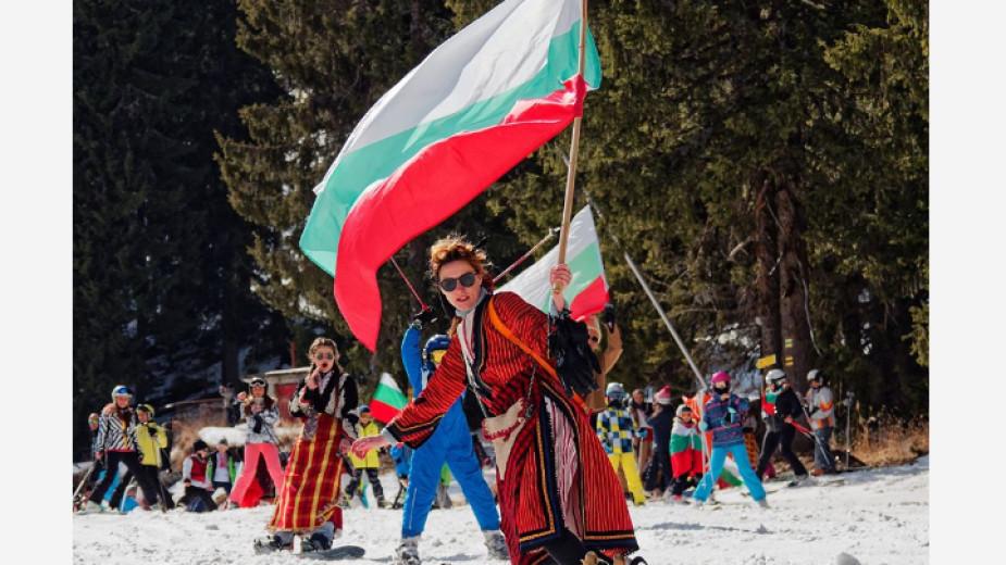Антония Каменичка: Ски спускането с народни носии ни учи на родолюбие