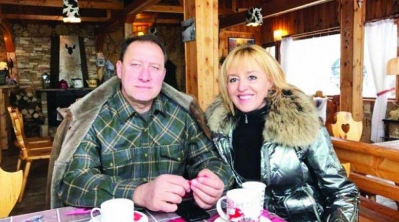 Мъжът на Мая Манолова пропищя от ЧЕЗ в Рударци