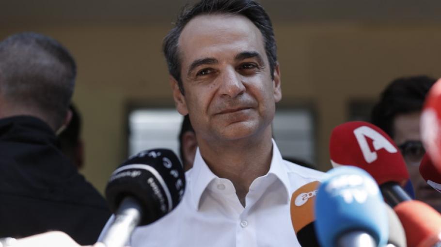 Мицотакис призова Ердоган да си отведе мигрантите от Гърция