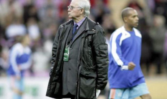 Почина треньорът, извел Франция до европейска титла