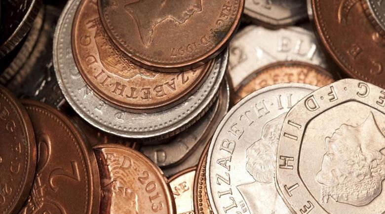 Монетите пренасят повече вируси от банкнотите