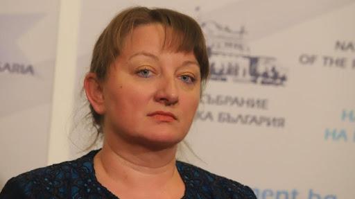 Сачева: 17 793 българи са загубили работата си заради епидемията