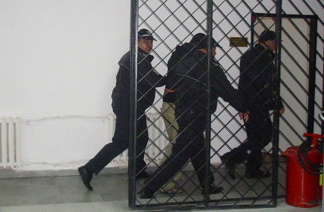 Банскалия се жалва, че бивш съдебен охранител го измамил
