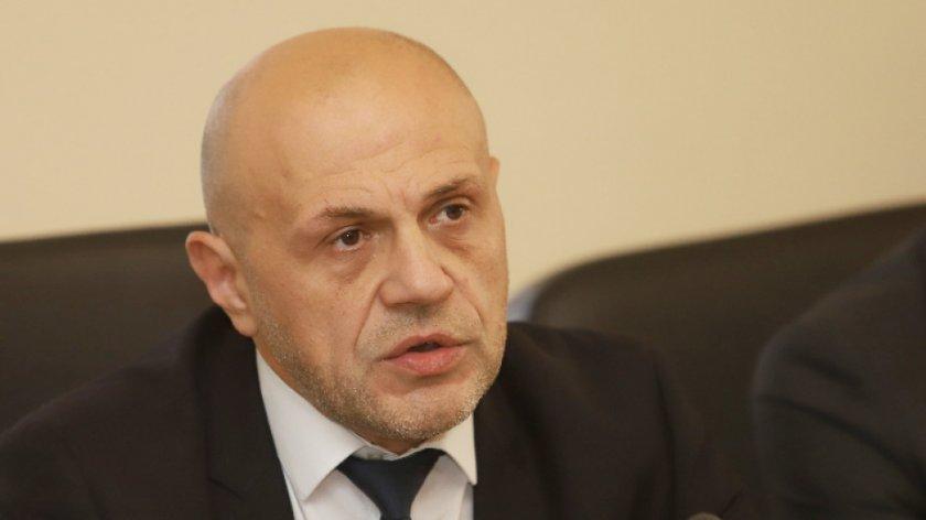 Томислав Дончев: Мислим за работодателя, но най-вече за работника