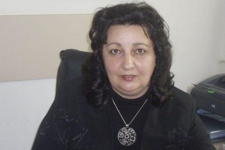 Ромският скандал: 250 лв. глоба за дискриминация на директорката на 9-о ОУ Василка Величкова