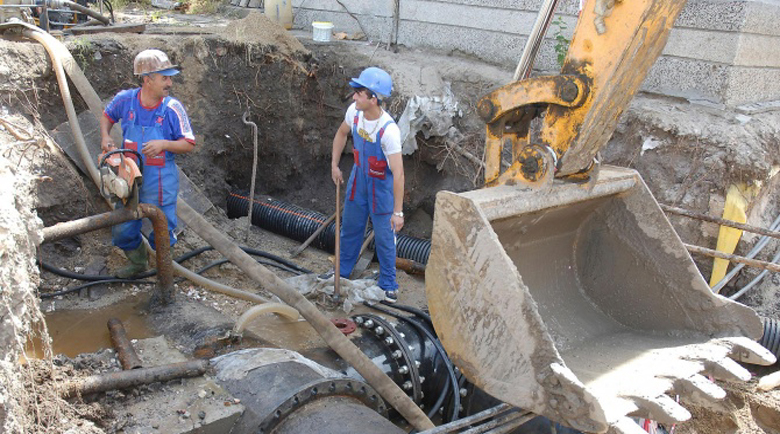 Водните аварии в Перник не спират