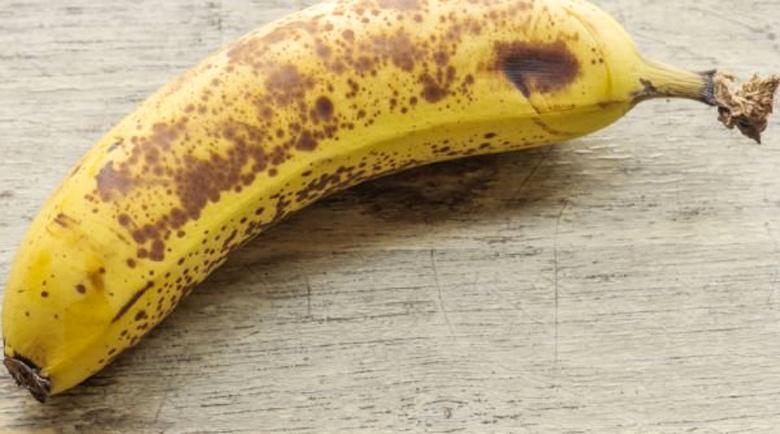 Не хвърляйте обелката на банана – лековита е