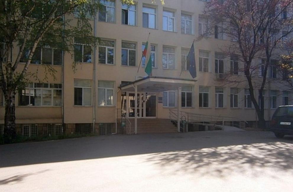 Болницата в Кюстендил събра пари за респиратор, искат и втори