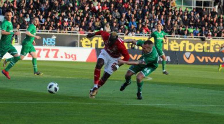 Появи се трети вариант за доиграване на сезона в Първа лига