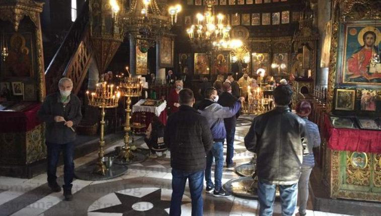 Изключителни мерки за сигурност на Цветница в църквата в Благоевград