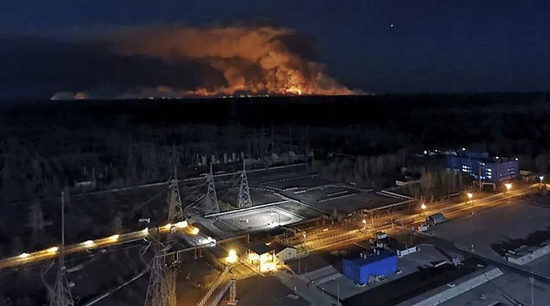 Слухове пълзят в Европа: Пожарите в Чернобил по-страшни от коронавируса