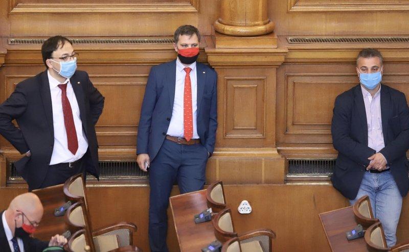 Приеха: България под изолация до 13 май! Новите борчове до 10 млрд. одобрени