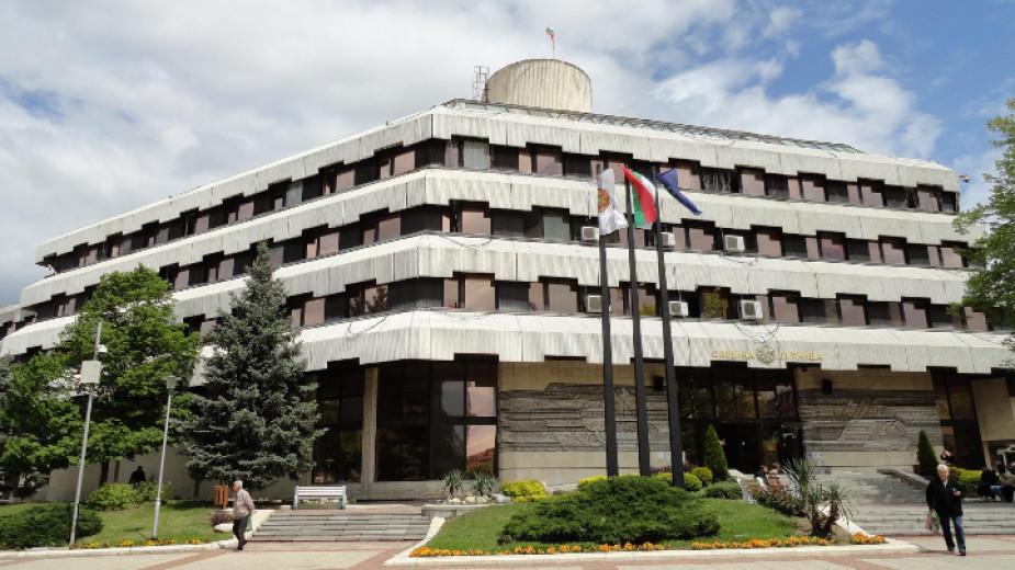 В Дупница освобождават от наем над 250 търговци, които ползват общински площи