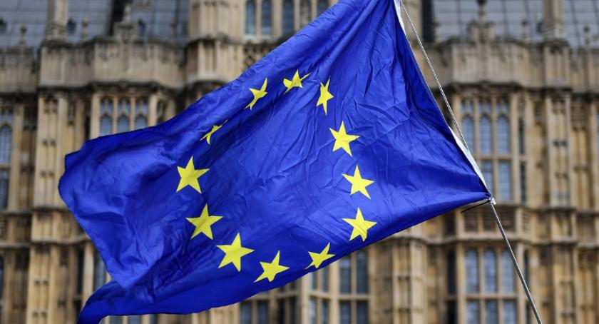 Западна Европа срещу погазването на човешките права заради COVID-19