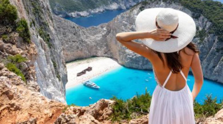 Учен: През лятото гърците ще изградят имунитет