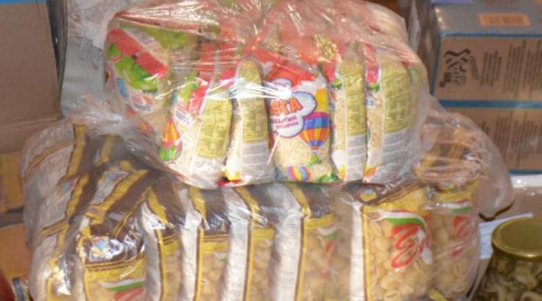Носят храни и лекарства вкъщи на 52-ма в Симитли