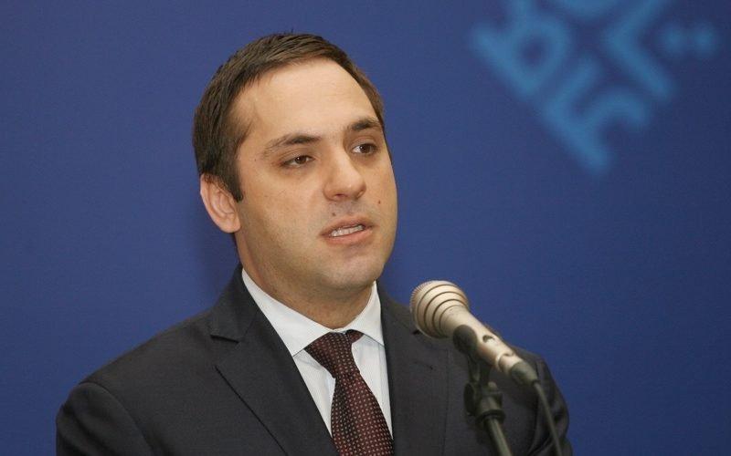 Икономическият министър е оптимист – видя до 6% безработица