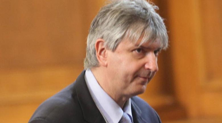 Синът на депутат от ГЕРБ е 3-ият пътник в колата, убила Милен Цветков, отрекъл се от него