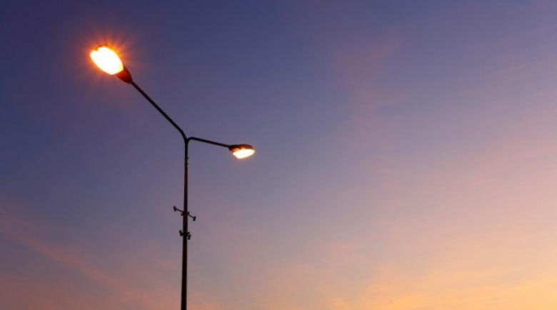 Умни лампи ще светят и ще пестят пари в Банско