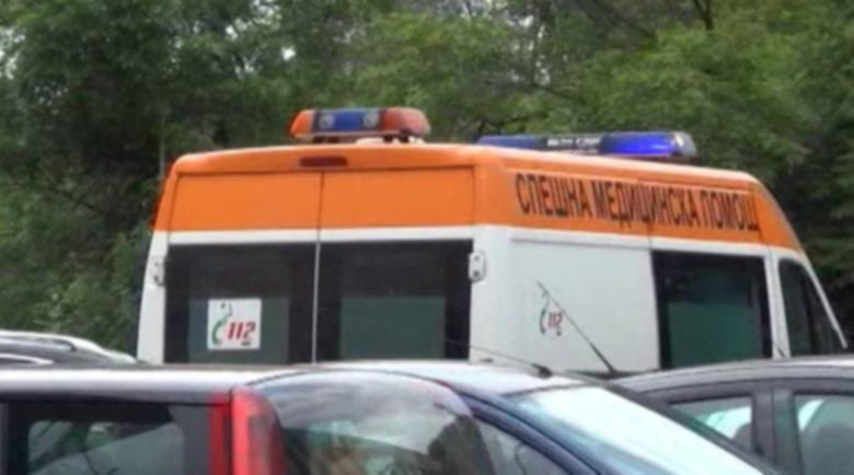 Катастрофа с линейка в Перник, лекарят със счупен пръст
