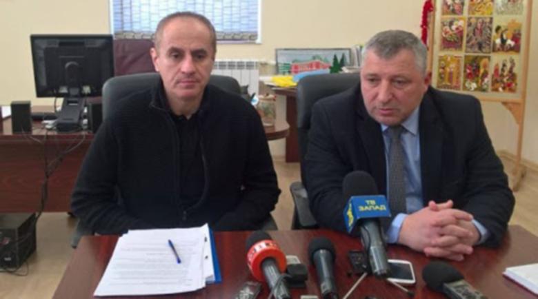 Нова лъжа! Областният и кметът опровергаха Мутафчийски: Няма огнище на коронавирус в шивашки цех в Кюстендил