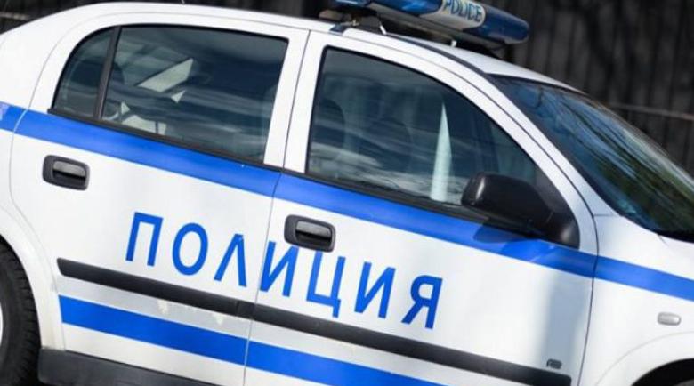 46-годишен скочи да бие полицай в Кочериново