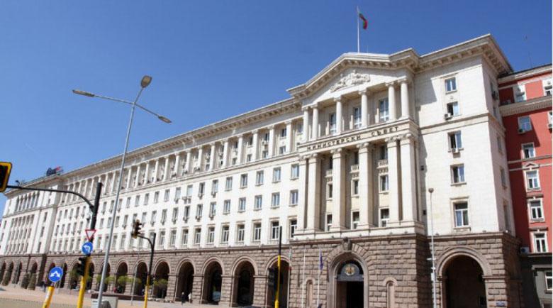"""Кабинетът прие """"мини Истанбулска конвенция"""" срещу домашното насилие"""