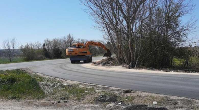 Карайте внимателно! До 17 часа днес ще се монтират мантинели по пътя Симитли – Разлог