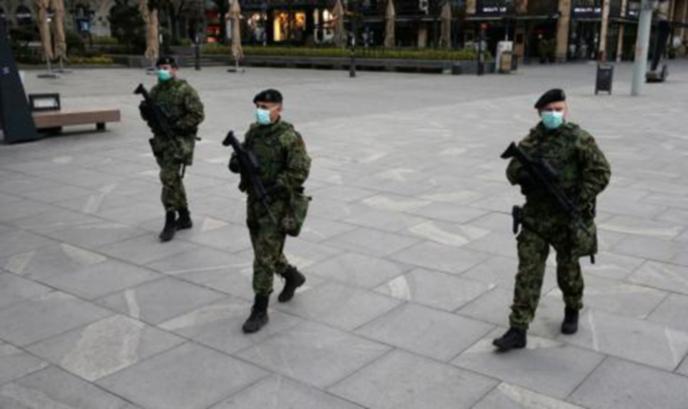 Паника в Сърбия заради един SMS в полунощ