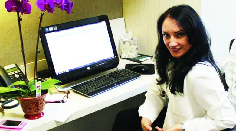 Бившата жена на Бойко Борисов в паника от коронавируса в Калифорния