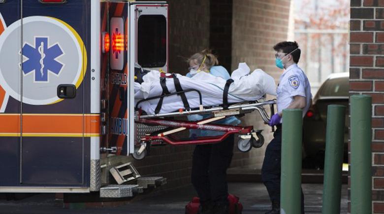 Рекорден спад на смъртните случаи с коронавирус в САЩ