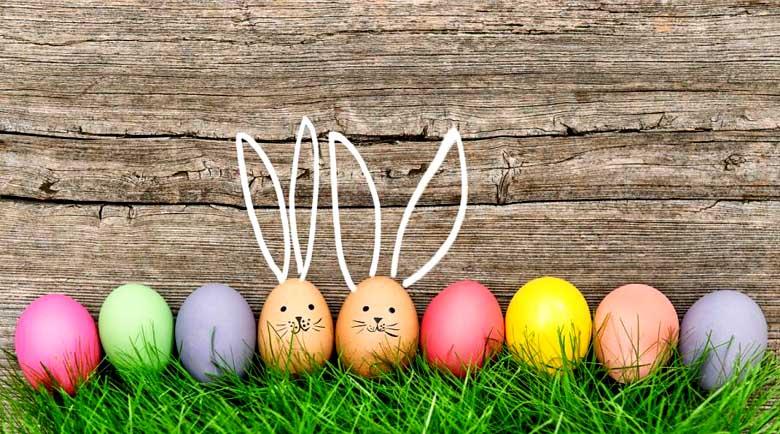 Боядисайте яйцата с пяна за бръснене, направете дома си цветен с кошници