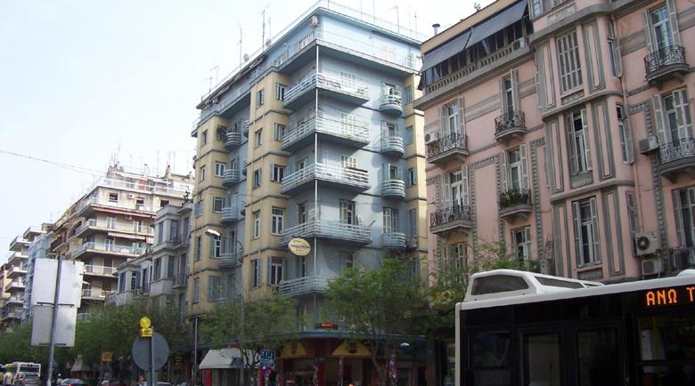 Компенсират собствениците на имотите в Гърция за загубените наеми