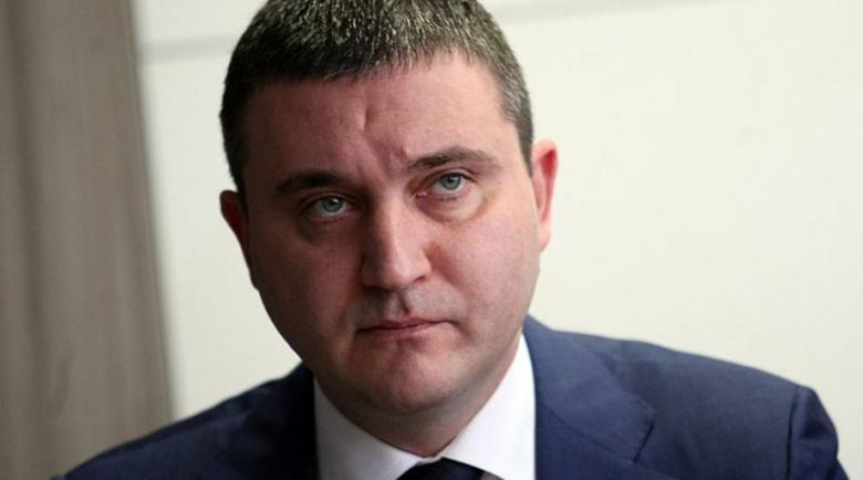 Горанов отговори за Божков: Може и сега да плати на държавата
