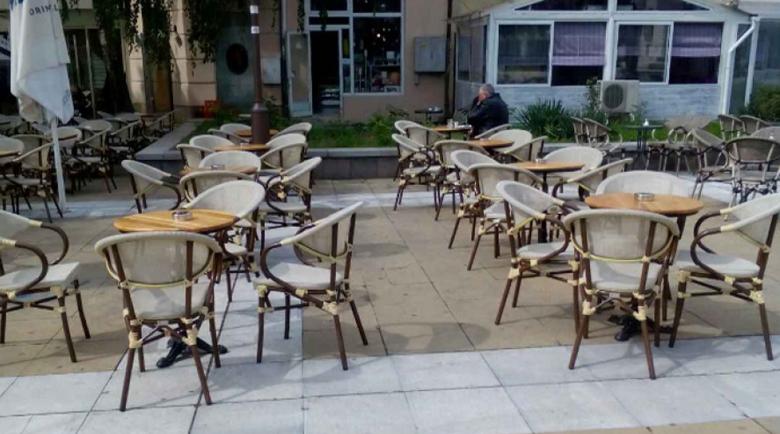 На кафе на открито – въпрос с много неизвестни