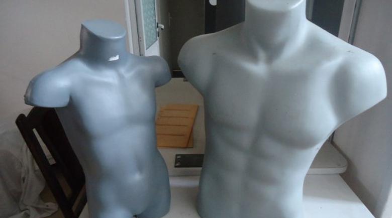 Бизнесът в Благоевград затваря – празни щандове, голи манекени в магазините за дрехи