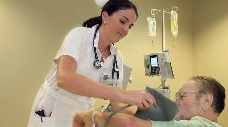 Благоевград търси най-милосърдната медицинска сестра
