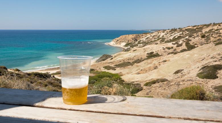 Пускат ни на море в Гърция, но само ако останем под карантина след завръщане?