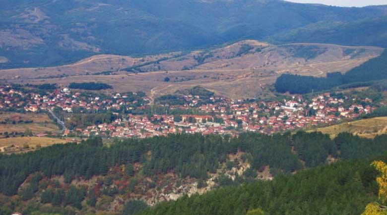 Продават апетитен общински имот в Сапарево, дупнишки бизнесмен иска минерална вода