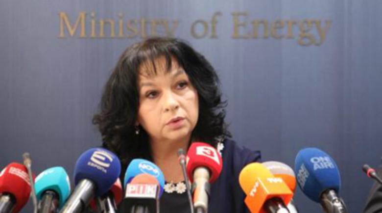 Министър Петкова: Цената на тока няма да бъде повишена