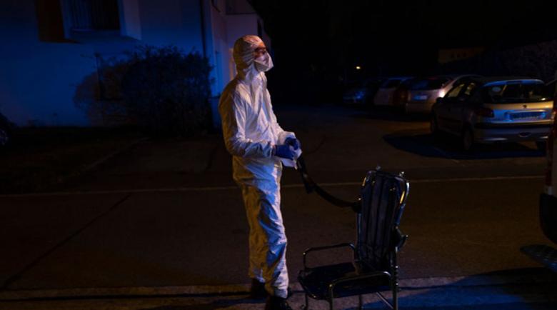 Починалите от коронавирус във Франция вече са над 25 000