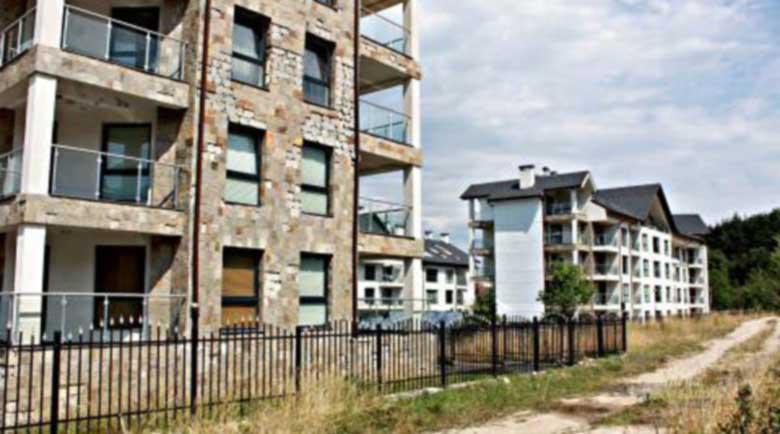 Разпродават имотите на задлъжнели чужденци в Банско