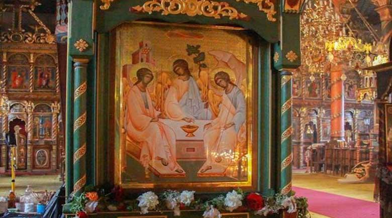 Осветиха чудотворна икона в църквата в Банско