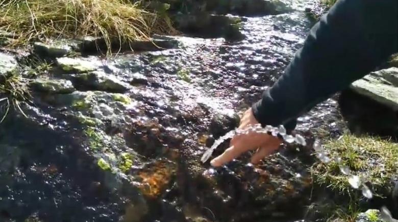 Феномен край Рилския манастир: Откриха камък, от който извира вода