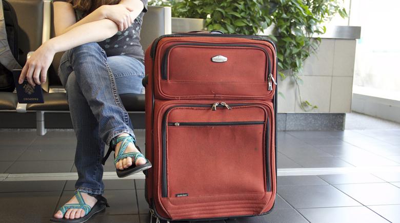 Без ръчен багаж на полетите от и за Англия